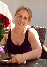 Mariana Oros