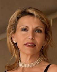 Sylvia Lacroix
